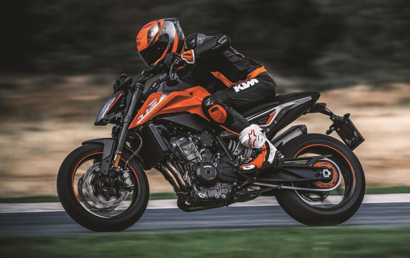 KTM 790 DUKE - Action - Cropped.jpg