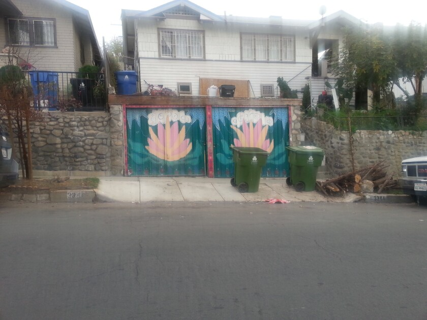 Los Angeles council approves murals on single family homes