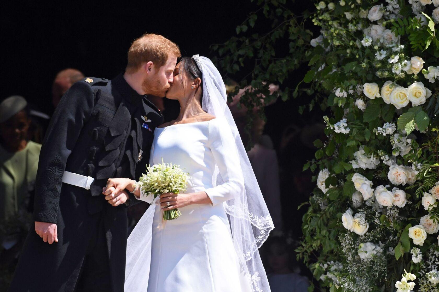 Meghan Markle Marries Prince Harry Wearing A Wedding Dress