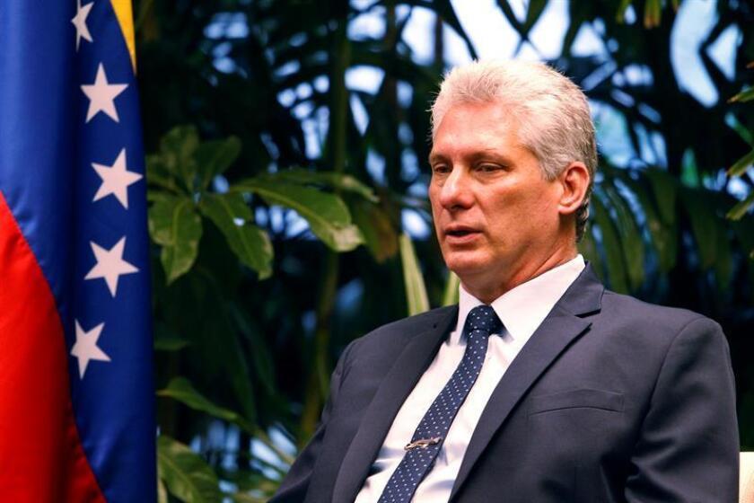 El presidente cubano, Miguel Diáz-Canel (c-d). EFE/Archivo