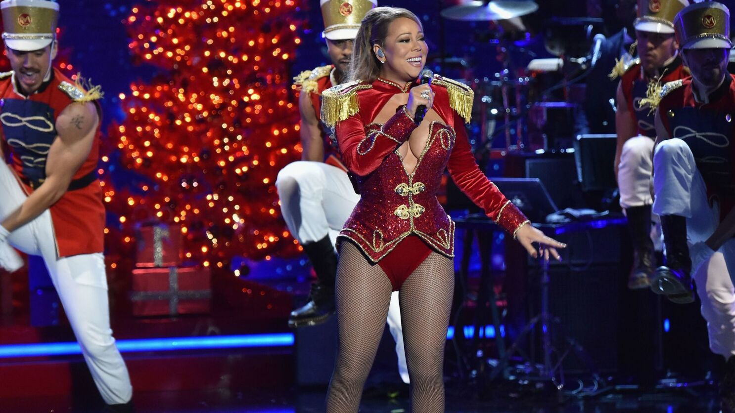Mariah Carey sets 3 Guinness World Records   The San Diego Union