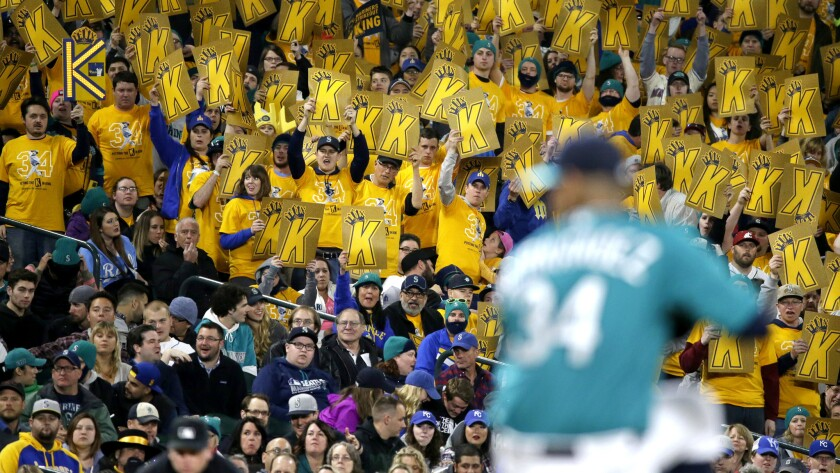 Mariners' turnabout is exciting the fan base in Seattle