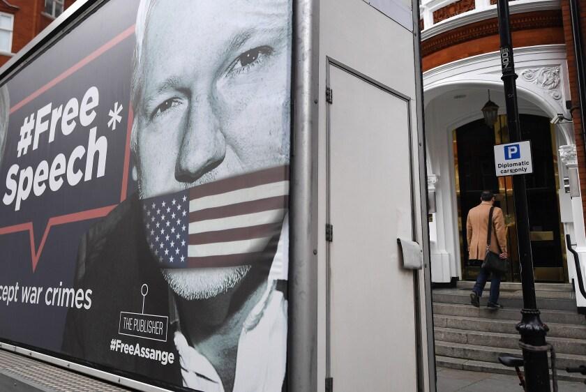 Assange será expulsado de embajada ecuatoriana, dice WikiLeaks