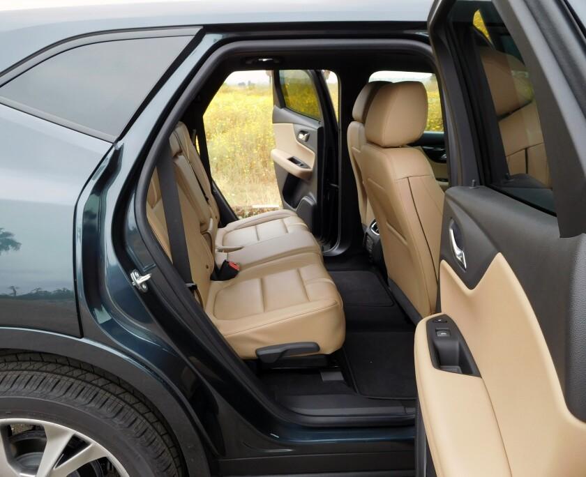 Chevrolet Blazer-9-BackSeats.jpg