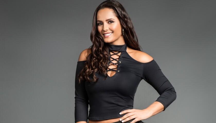 Ana Lucía Dominguez es 'La Tuti' y ahora a ritmo de reggaetón.