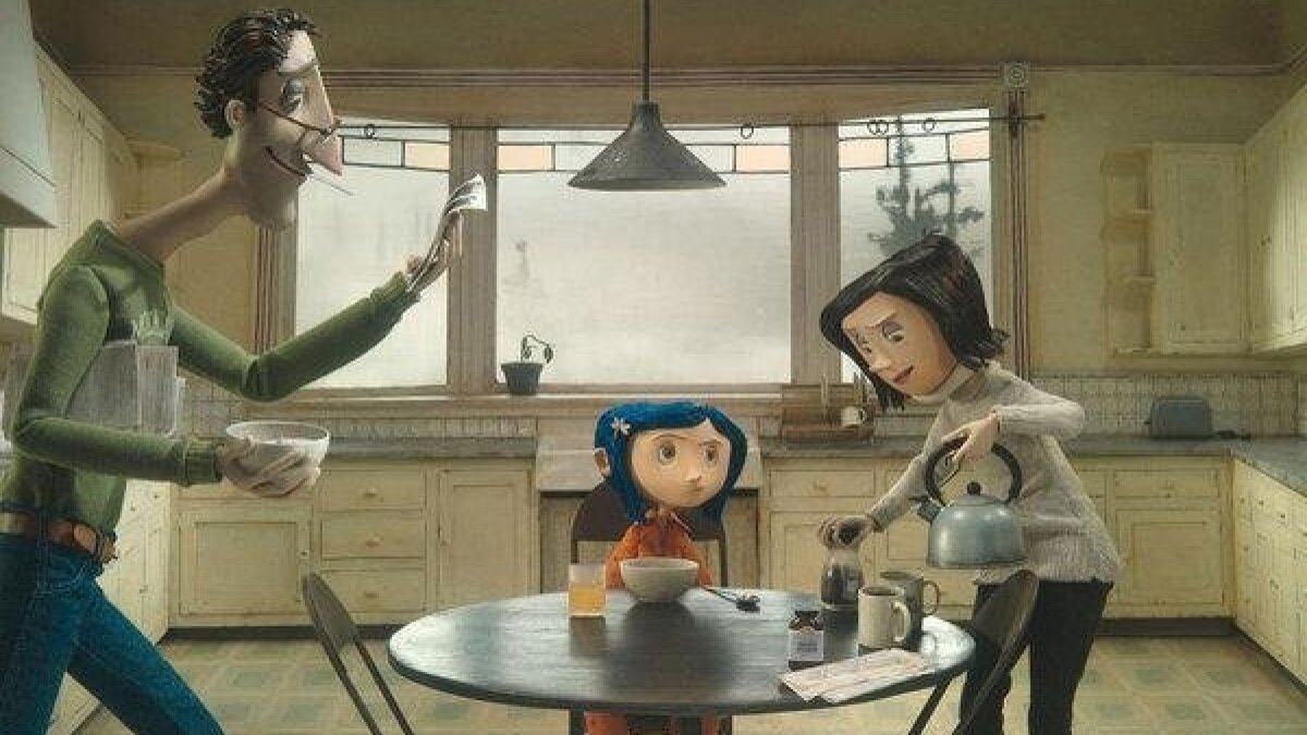Movie Review Coraline Captures Book S Magic By Staying Strange Smart The San Diego Union Tribune