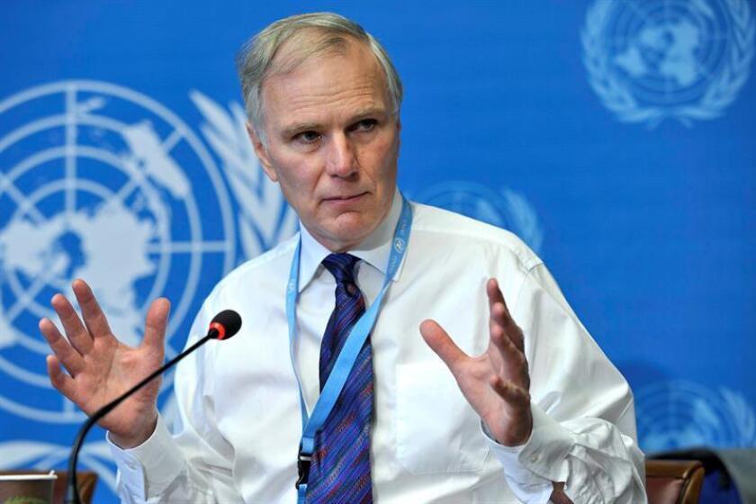 El relator especial de la ONU para las ejecuciones arbitrarias, Philip Alston, da una rueda de prensa en la sede europea de la ONU en Ginebra (Suiza). EFE/Archivo