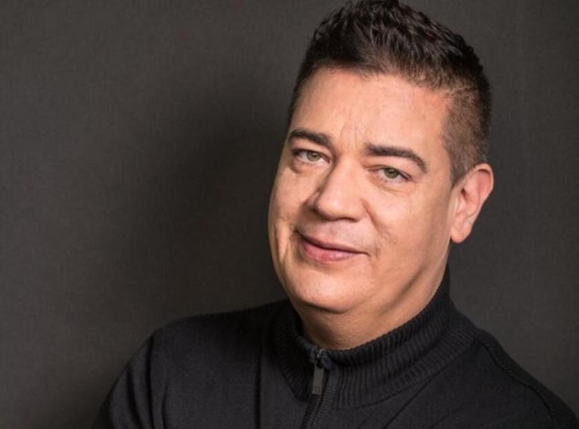 Ray Reyes ingresó al grupo Menudo en 1983 en sustitución de Xavier Serbia.