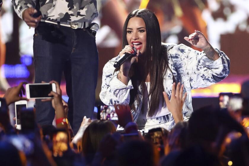 Demi Lovato durante el acto que tuvo en el Festival iHeartRadio Music en Las Vegas, Nevada, durante el 2017.
