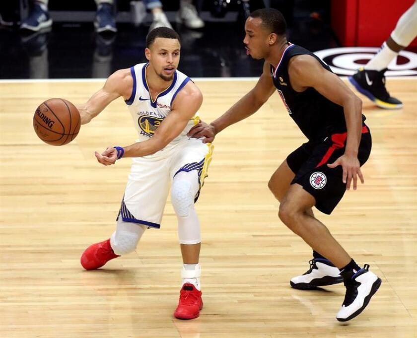 Los Warriors (32-14) ampliaron su racha victoriosa y se afianzan en el primer lugar de la Conferencia Oeste. EFE
