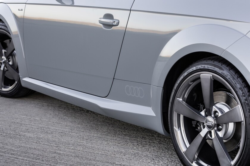 AudiTT-AnniversaryEdition-Tire-Wheel.jpg