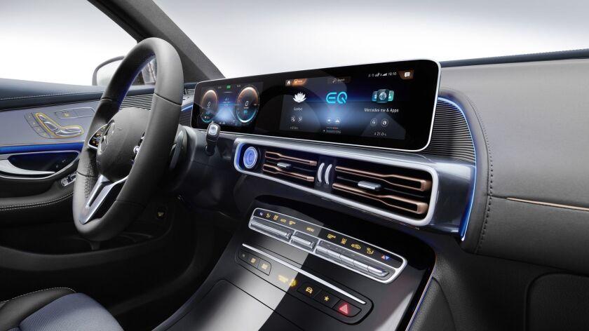 Mercedes-Benz EQC 400 4MATIC, (BR N293) / Hightechsilber / Interior: Electric Art / Der neue Mercede