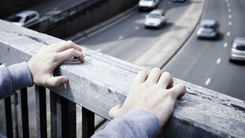 Las tasas de suicidio entre adolescentes y adultos jóvenes han aumentado constantemente desde el año 2000. (Dreamstime/TNS)