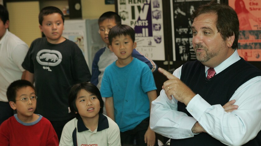 Former L.A. Unified teacher Rafe Esquith can continue with his lawsuit, judge rules