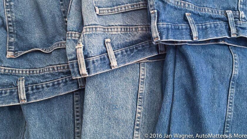 Men's Wrangler blue jeans