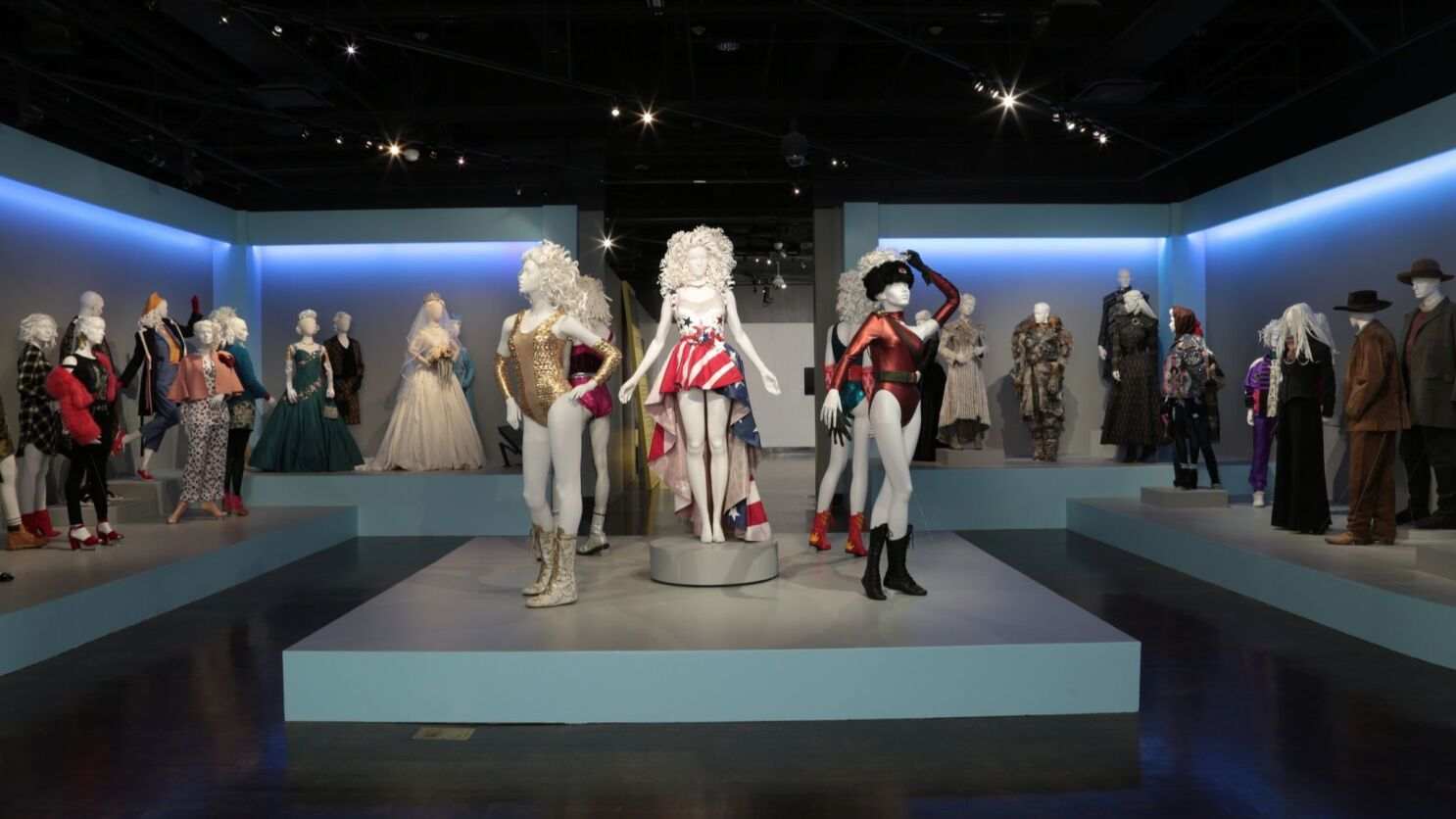 Costumes From Glow Outlander The Crown Are On Display At The Tv Costume Exhibition At Fidm Los Angeles Times