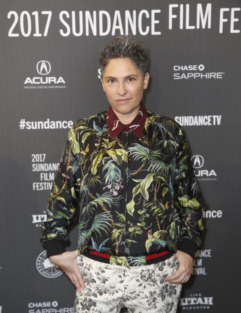 La directora Jill Soloway posa en el estreno de la película 'I Love Dick', el lunes 23 de enero de 2017, en el Festival de Cine de Sundance en Park City (EE.UU.). EFE/Archivo