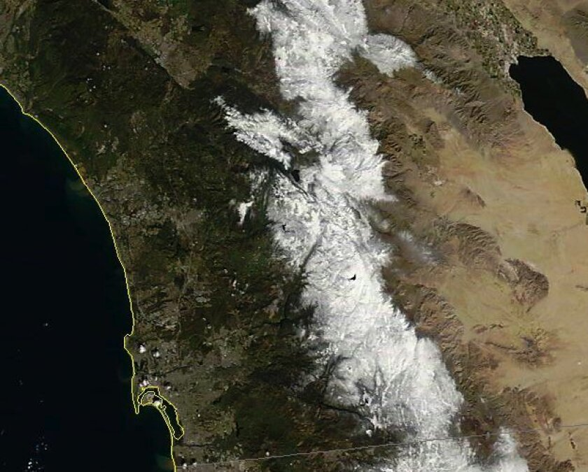 Image taken on Sunday by NASA's Terra satellite, which has an average altitude of 438 miles.