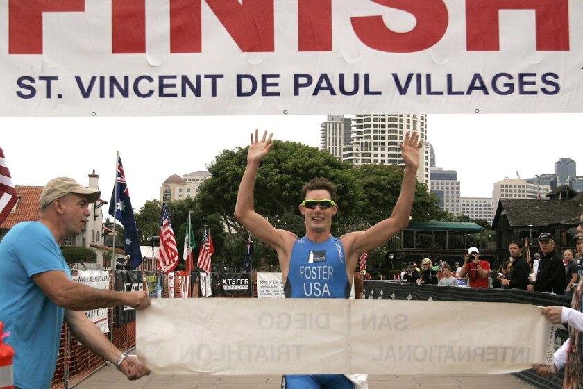 Chris Foster wins the San Diego International Triathlon in 2010.