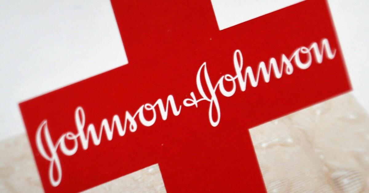 OMS aprueba uso de emergencia de vacuna de J&J, de una dosis