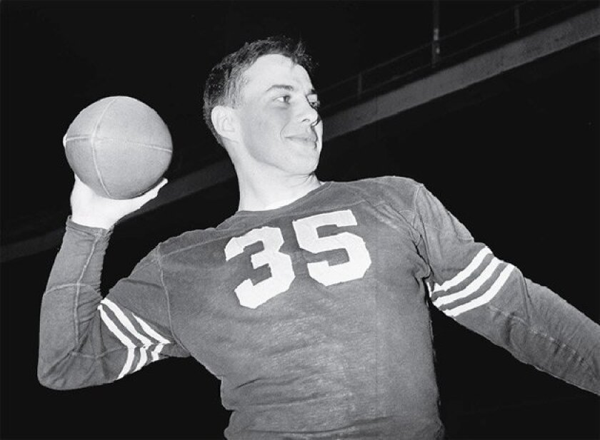 """Felix """"Doc"""" Blanchard, who died Sunday at 84, won the  Heisman Trophy in 1945. He was """"Mr. Inside"""" on Army's  unbeaten teams of 1944-46.  (1945 file photo / Associated Press)"""