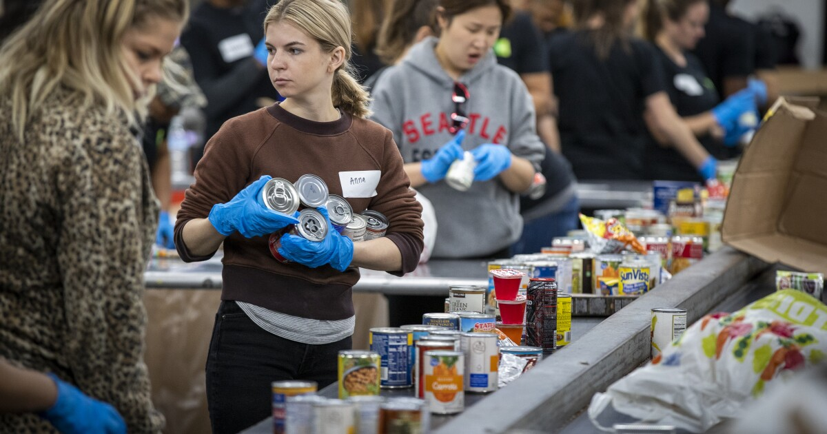 Column: College students don't have enough money to eat. Their classmates are feeding them