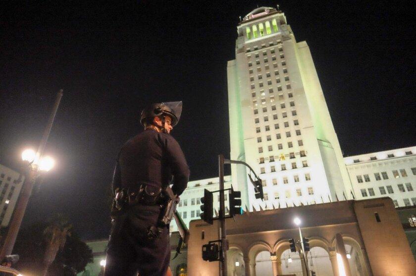 En diciembre la ciudad acordó proveer 8.15 millones de dólares para tres familiares de víctimas de abuso policial, quienes resultaron muertos de bala en diferentes incidentes.