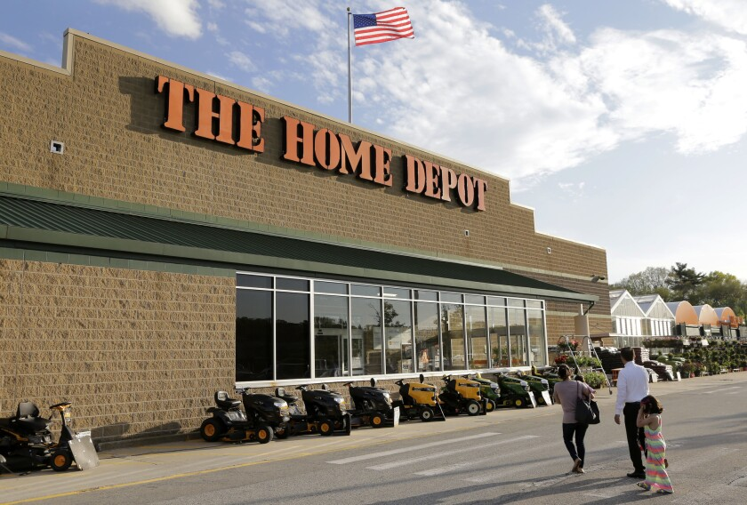 Home Depot is paying out one-time bonuses of up to $1,000 in cash to its hourly workers in the U.S., citing the recent tax overhaul. Home Depot Inc. said Thursday, Jan. 25, 2018, that the one-time bonus will be distributed in the current quarter.