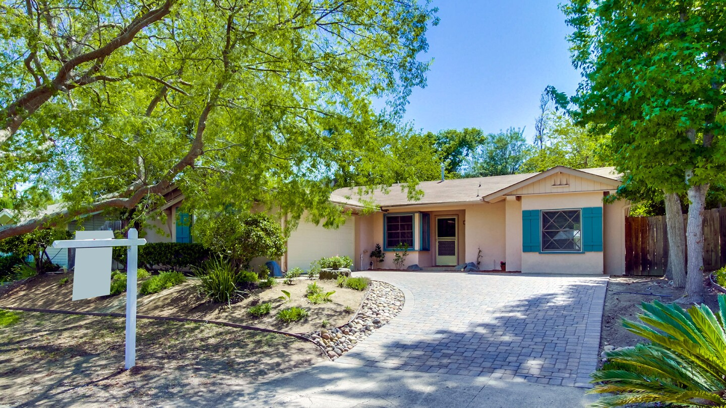 Home of the Week, 12253 Holland Rd