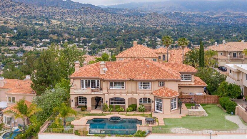 Brian McKnight's Chatsworth home | Hot Property