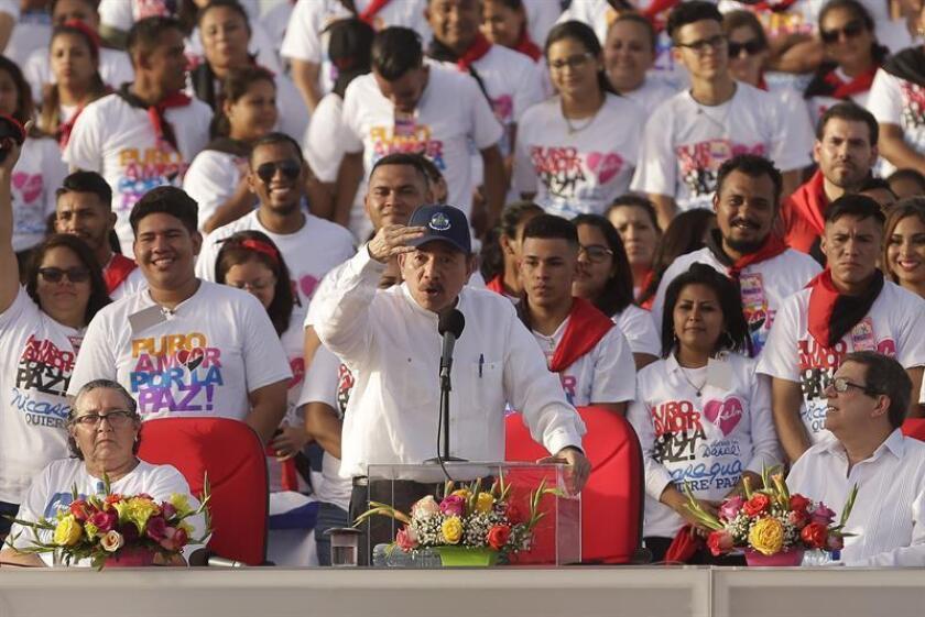 """El Gobierno incrementó hoy la presión sobre el presidente nicaragüense, Daniel Ortega, al acusarle de librar una """"guerra"""" contra la Iglesia católica, que actúa como mediadora en el diálogo destinado a solucionar el conflicto que ha dejado más de 350 muertos en cien días. EFE/ARCHIVO"""