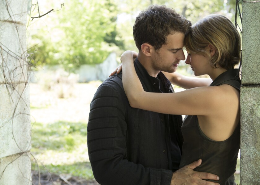 """Four (Theo James) and Tris (Shailene Woodley) in """"The Divergent Series: Allegiant."""""""