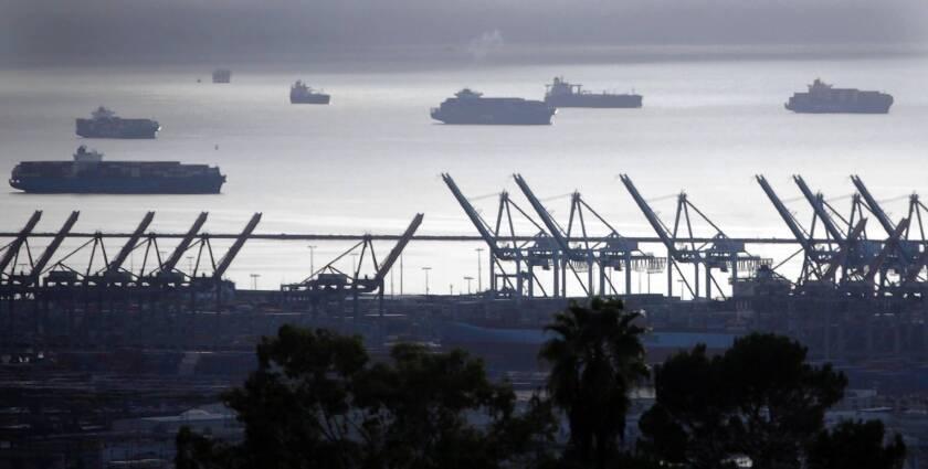 Talks to end L.A., Long Beach port strike heat up