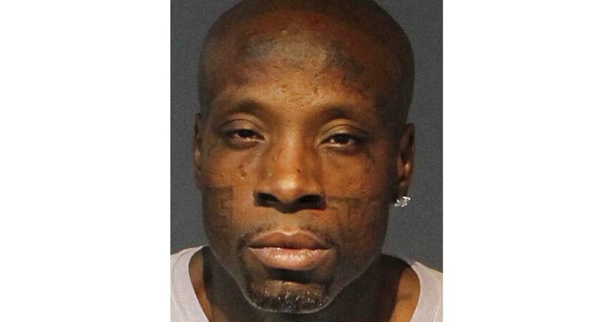 L.A.暴漏逮捕された後、SWAT離にネバダ