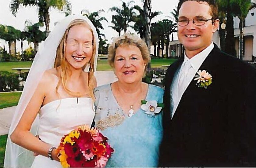 Del Mar store owner Maggie Young (center) passed away July 22. Courtesy photo