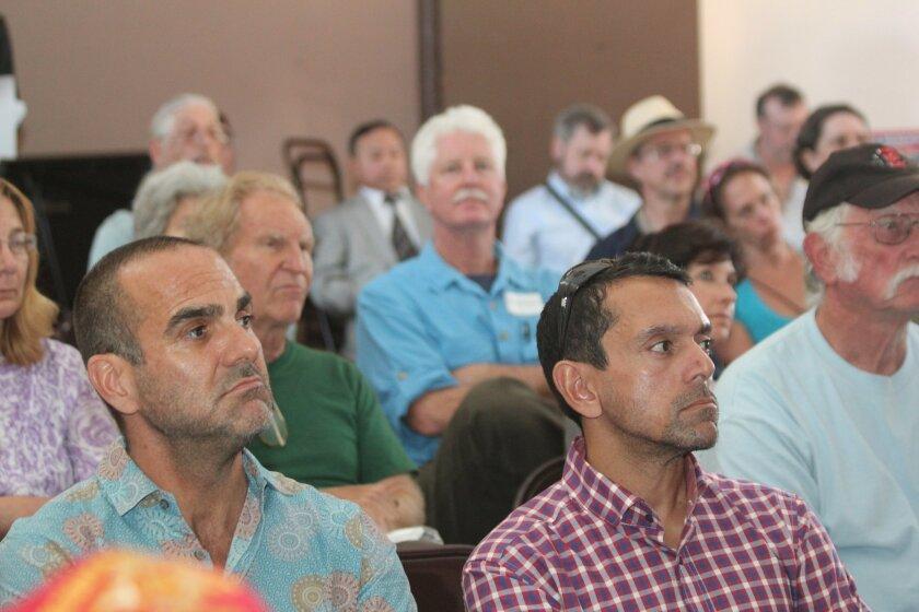 About 80 people attend La Jolla Town Council's April 9 forum on the sea lion predicament at La Jolla Cove.
