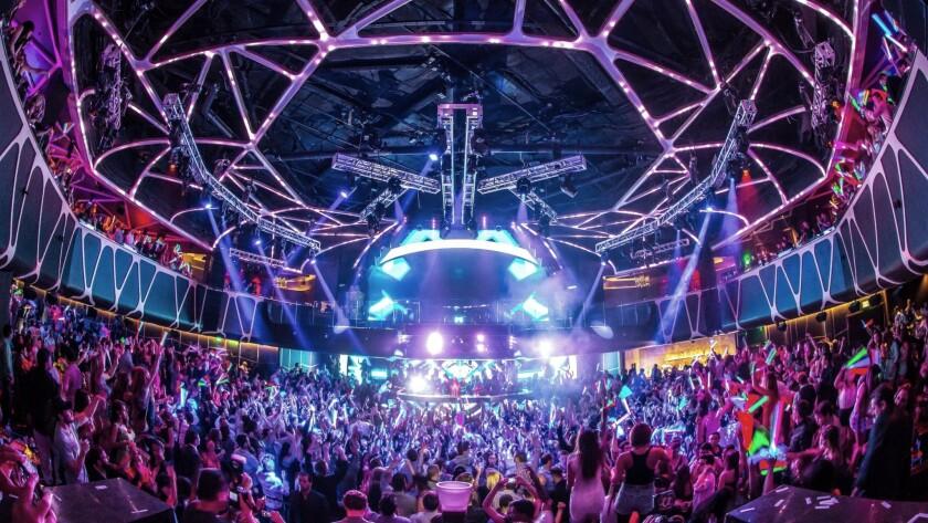 Hakkasan, a multi-story nightclub at the MGM  Grand, will feature Grammy-winning rapper Drake on New Year's Eve.
