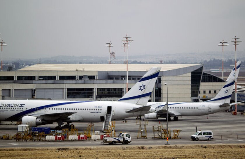 Israeli airline workers strike over 'open skies' agreement