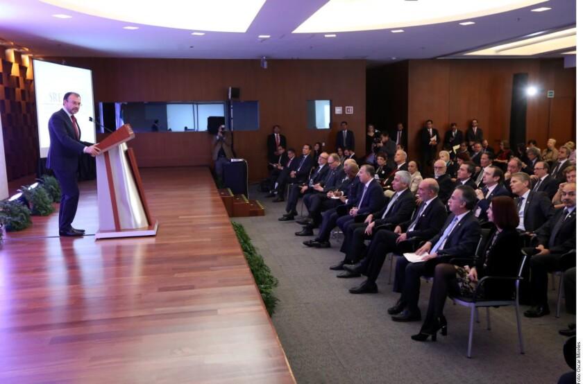 El Canciller Luis Videgaray exaltó este miércoles la trayectoria y los valores del Secretario de Hacienda, José Antonio Meade.