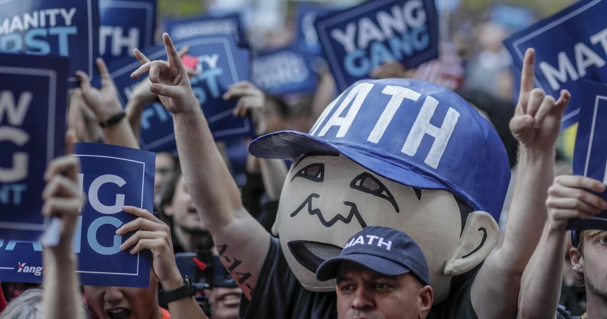 Andrew Yang menghadapi kritik di Amerika Asia community