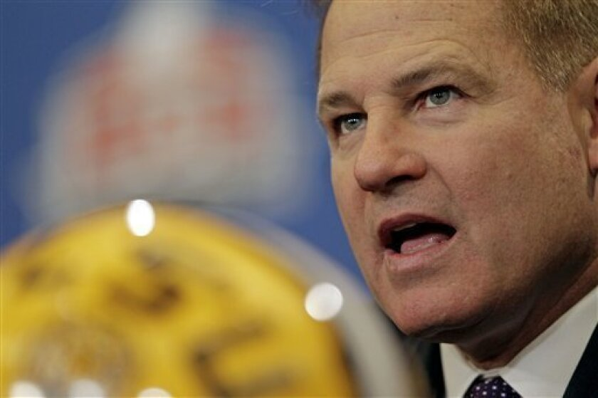 LSU head coach Les Miles speaks during a news conferemce for the BCS National Championship college football game Sunday, Jan. 8, 2012, in New Orleans. LSU faces Alabama on Monday, Jan 9, 2012. AP Photo/David J. Phillip)