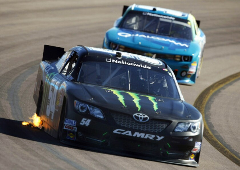 Kyle Busch drives to NASCAR Nationwide Series victory