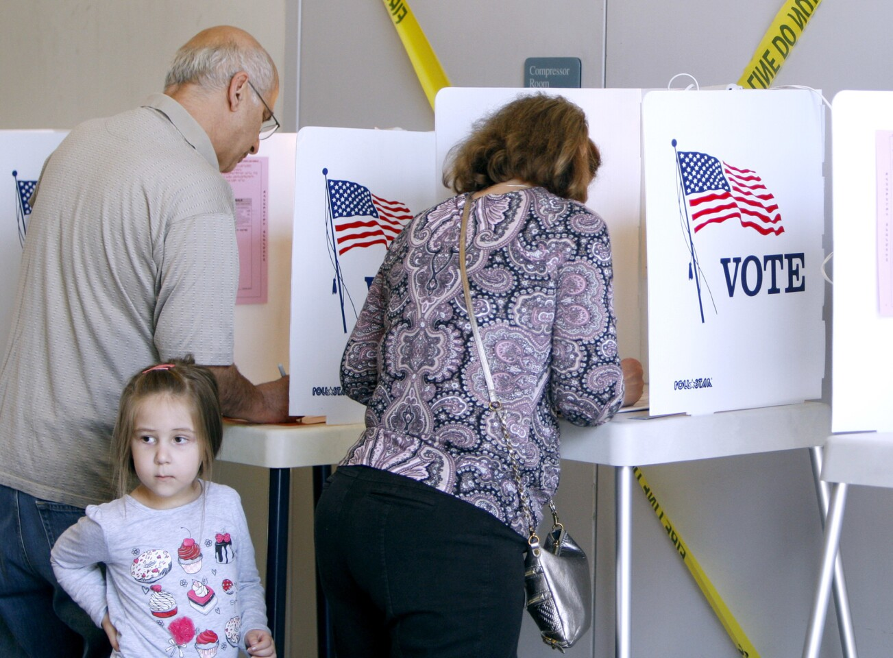 Photo Gallery: Locals head out to vote in Glendale municipal elections