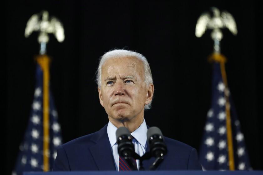 El virtual candidato presidencial demócrata, el exvicepresidente Joe Biden