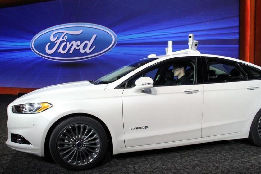 El Grupo Ford vendió en Estados Unidos 2.614.697 vehículos en 2016, un 0,1 % más que en 2015 y la cifra más alta de ventas de la compañía en una década, informó hoy el fabricante de vehículos. EFE/ARCHIVO