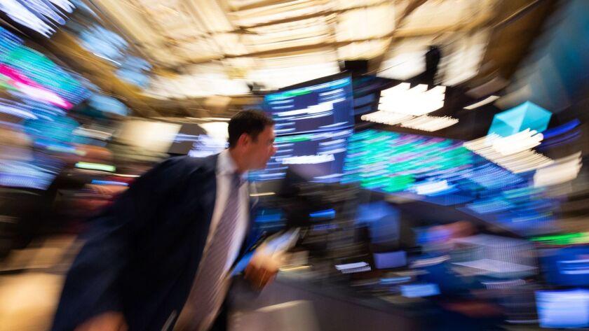 TOPSHOT-CORRECTION-US-ECONOMY-STOCKS-CLOSING BELL