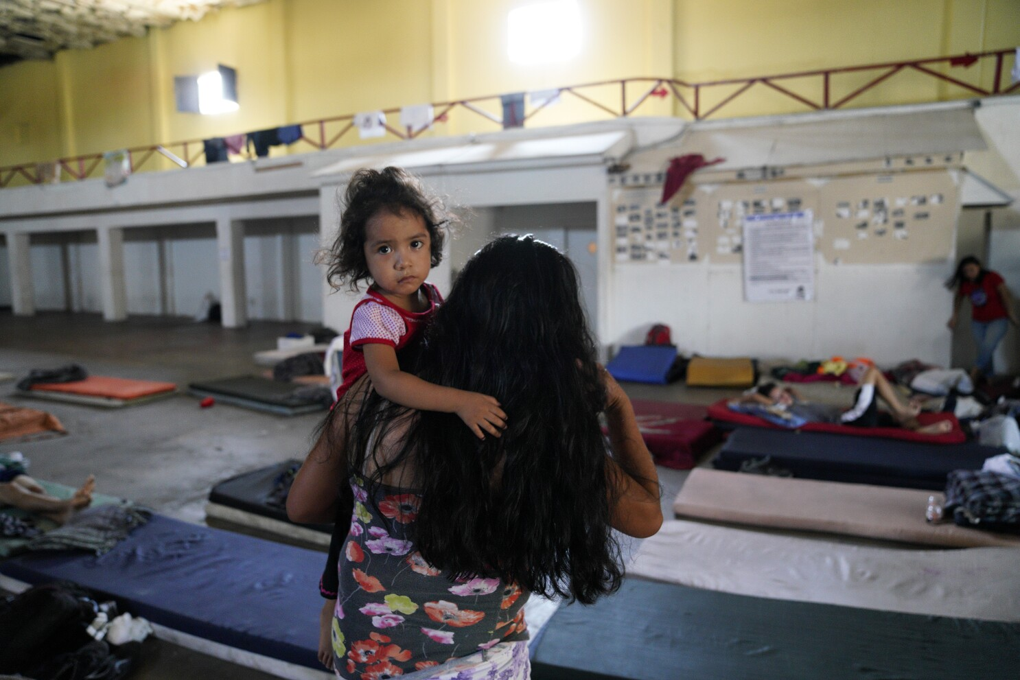 Asylum-seekers report theft, exploitation in Mexicali's migrant shelters