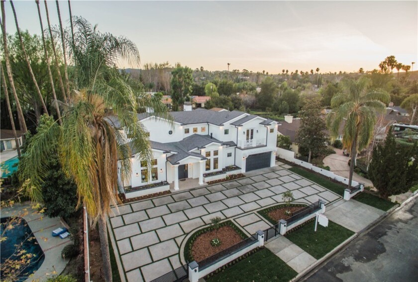 Jordan Clarkson's Cape Cod-style home in Woodland Hills