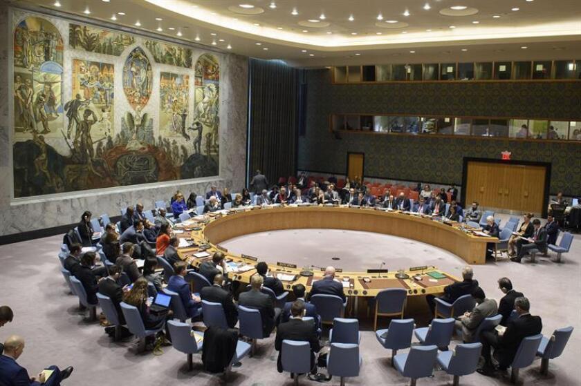 Fotografía cedida por la ONU del pleno del Consejo de Seguridad durante una reunión sobre la situación en Oriente Medio (Siria) este miércoles en la sede del organismo en Nueva York (EE.UU.). EFE/Loey Felipe/ONU/SOLO USO EDITORIAL/NO VENTAS
