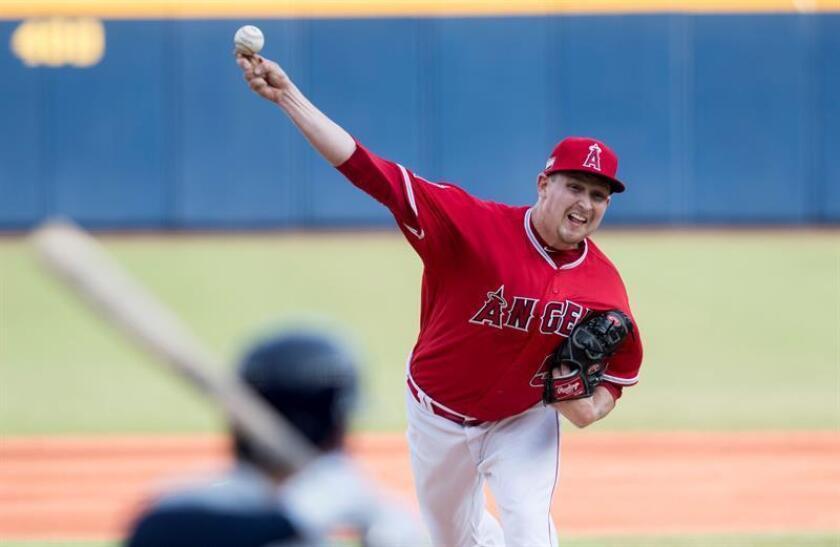 Trevor Cahill, lanzador de los Angelinos de Los Ángeles. EFE/Archivo